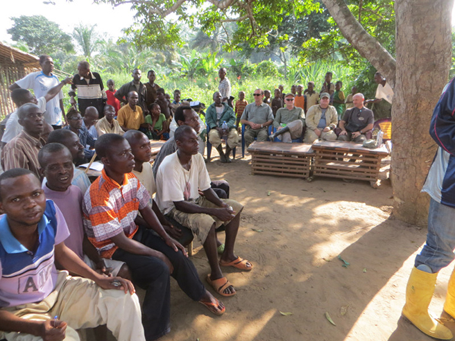 Community members in Lomako in the Democratic Republic of Congo Photo by Jef Dupain
