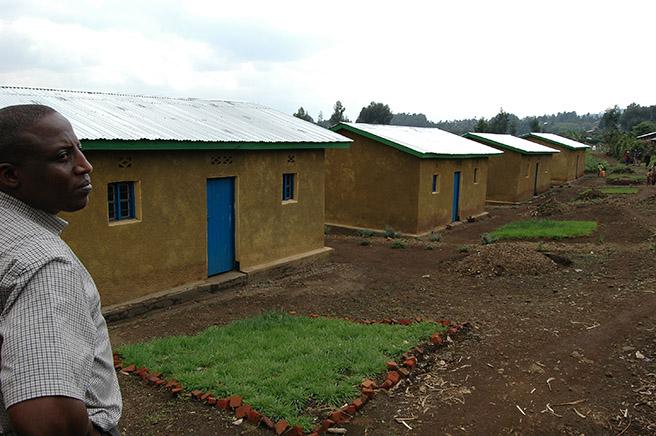 SACOLA Village Built With Sabinyo Silverback Lodge Revenue © International Gorilla Conservation Project[2]