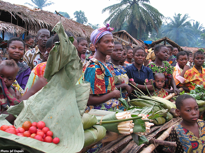 Women Gather in a Congolese Market