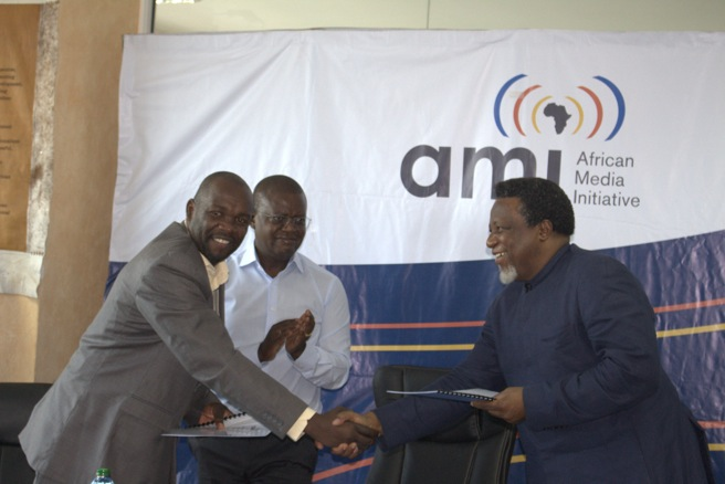 AMI and AWF sign agreement