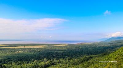 Photo of Lake Manyara from Ngorongoro in Tanzania